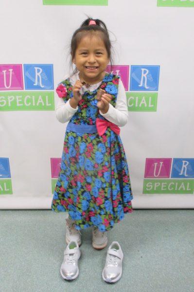 13 - Little girl with flower dress