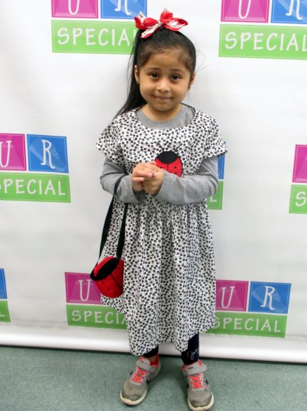 22 - Little girl with her new clothes